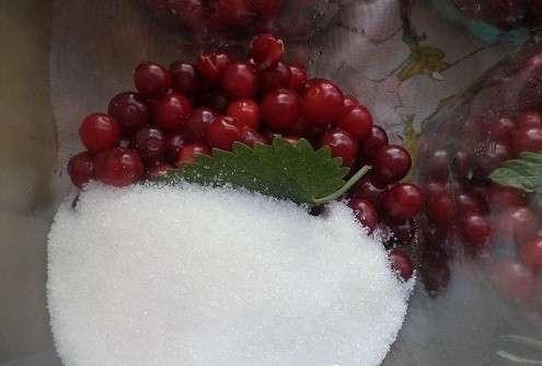 рецепт компота из вишни на зиму на литровую банку